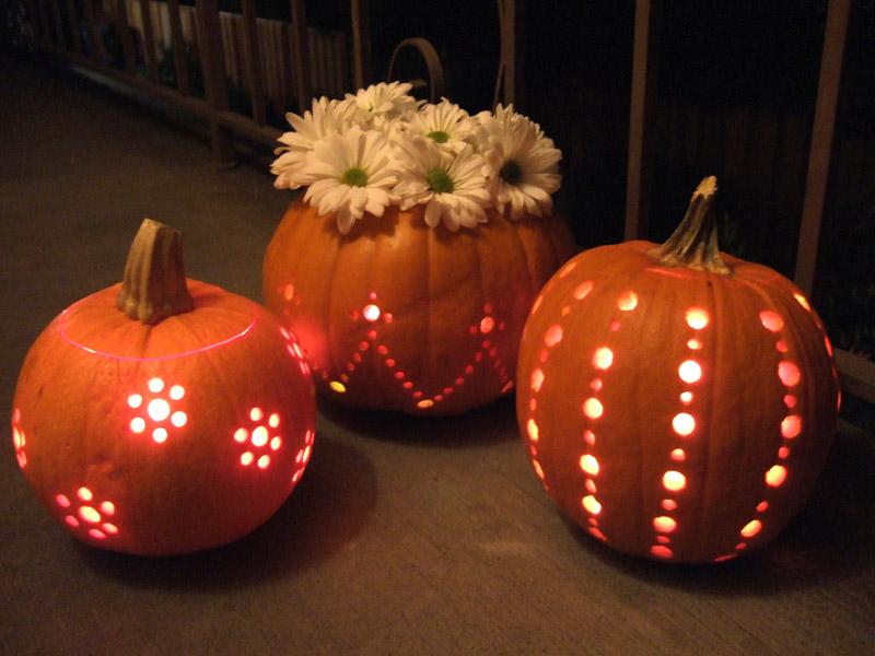 DIY cute pumpkin candle holders