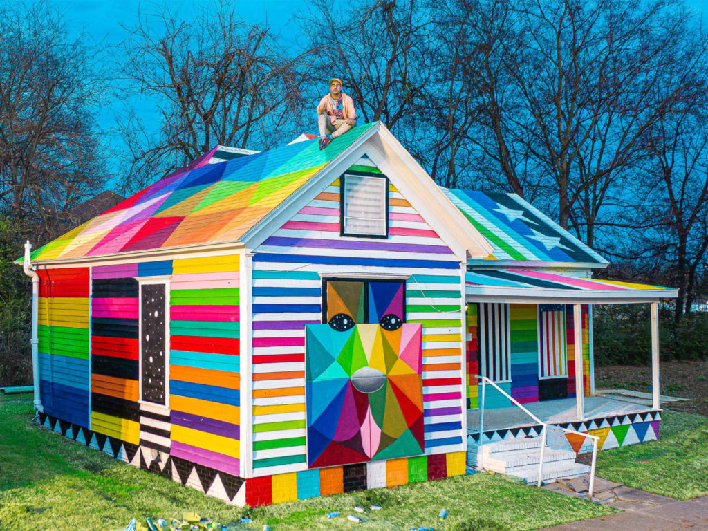 Artist Okuda San Miguel Transforms an Abandoned House