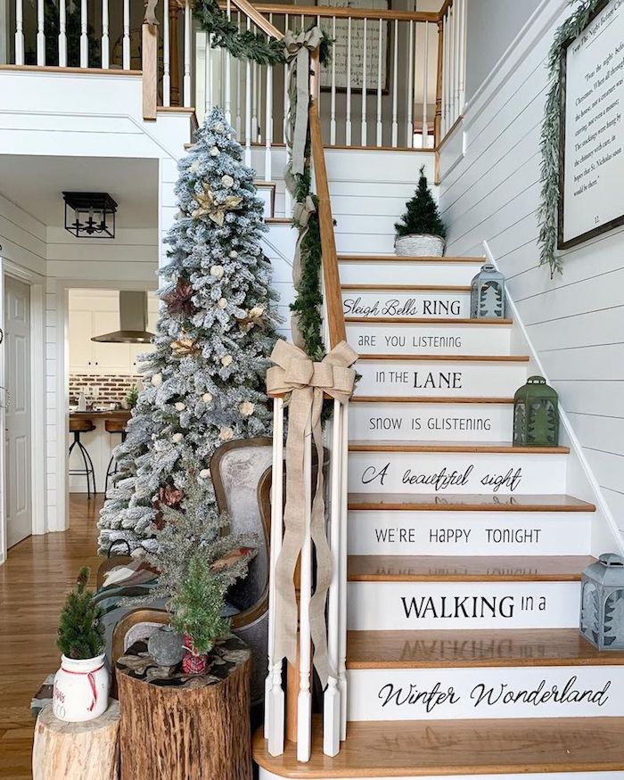 New Staircase Decoration Ideas