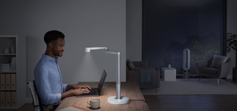 Dyson's $650 Lightcycle Morph Lamp