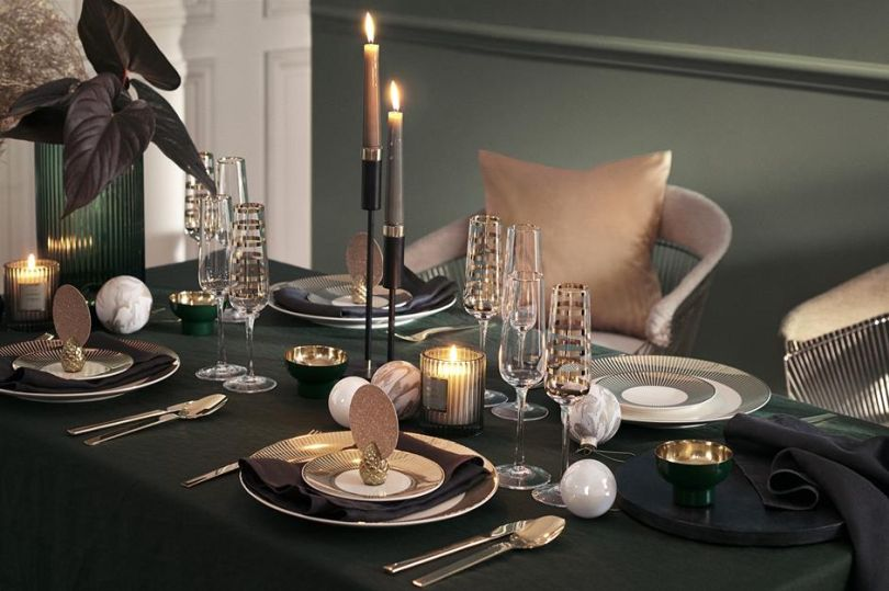 Creative Tabletop Christmas Decor
