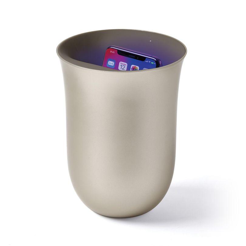 Lexon Oblio Wireless Charger Sanitizes Phone