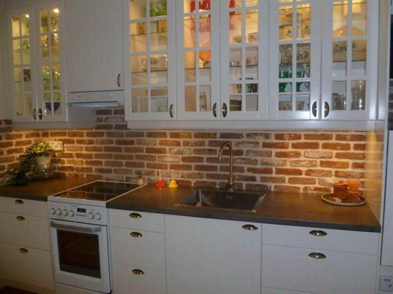 backsplash in the kitchen