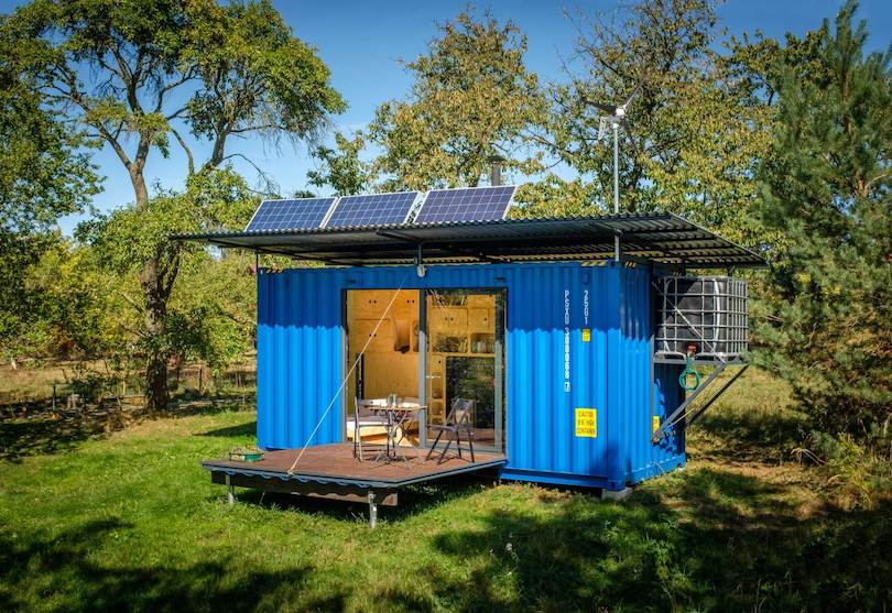 Shipping Container converted to Tiny House by Pin-Up Houses_1