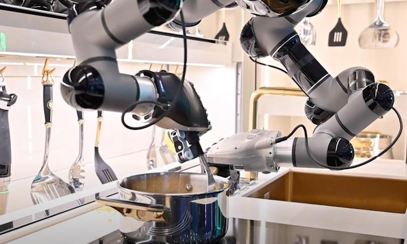 First Robotic Kitchen_2