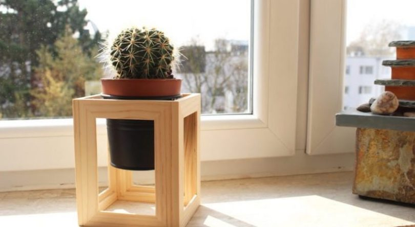 DIY Mini Wooden Plant Stands
