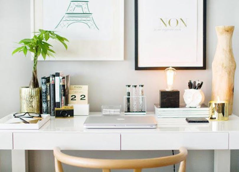 Keep Everything on Your Work Desk Clean and Simple