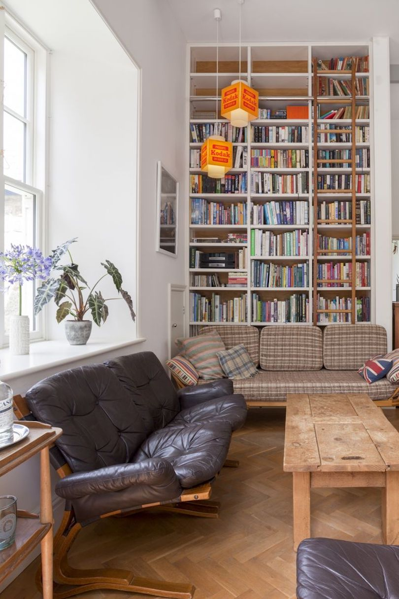Floor-To-Ceiling Bookcase Nook